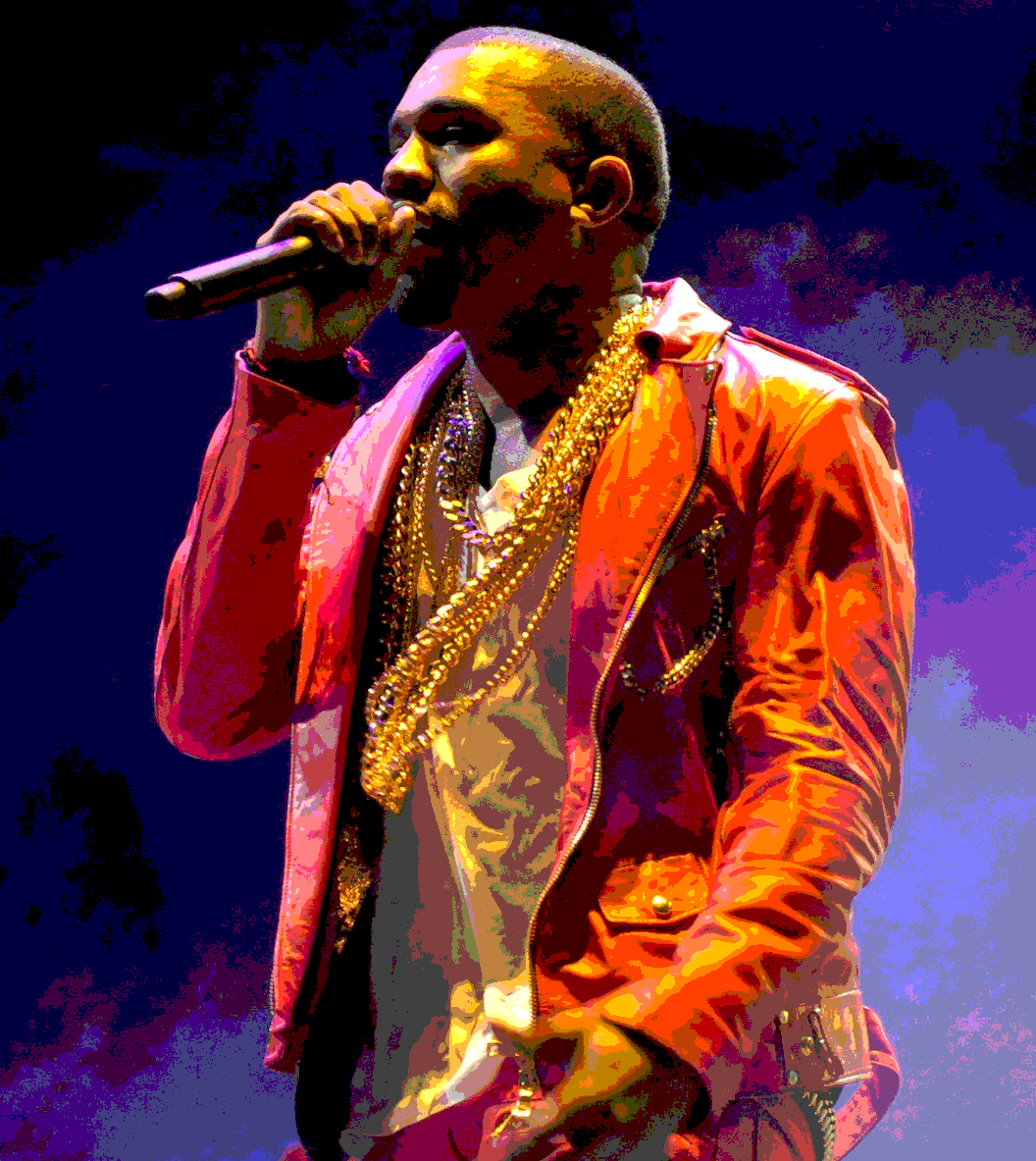 Kanye performs at Lollapalooza